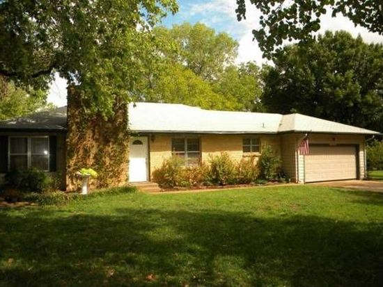702 W Cherokee Ave, Stillwater, OK 74075