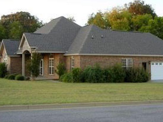 19 Breckenridge Pl, Deatsville, AL 36022