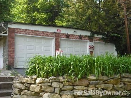 111 Stombaugh Ave, Johnstown, PA 15906
