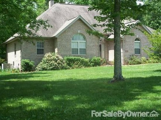 431 Meadow Creek Dr, Oneida, TN 37841