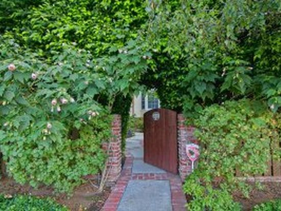 15050 Greenleaf St, Sherman Oaks, CA 91403