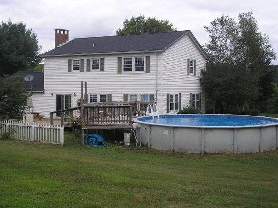 22371 Hunter Rd, Meadville, PA 16335