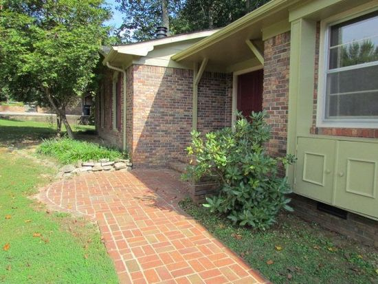 310 Petite Dr, Cookeville, TN 38501