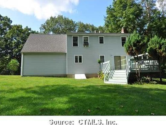 1062 East St, Middletown, CT 06457