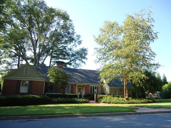460 Chateau Dr NW, Atlanta, GA 30305