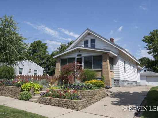 Loans near  Montrose St NE, Grand Rapids MI