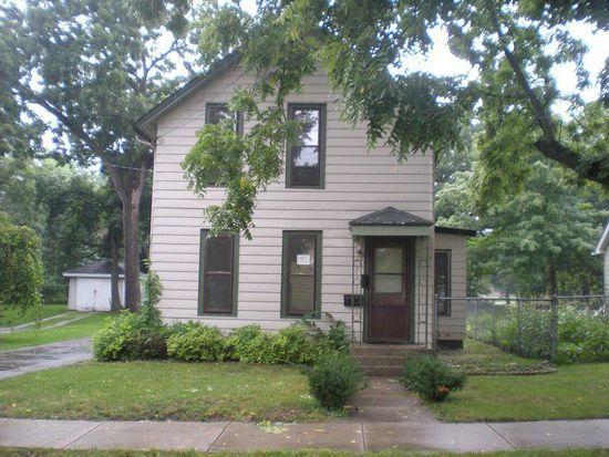 136 S Porter St, Elgin, IL 60120