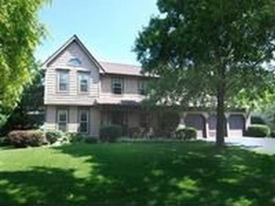 297 Winding Creek Dr, Naperville, IL 60565