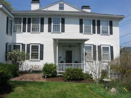 28 Division St, East Greenwich, RI 02818