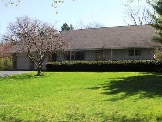 441 Essex Ln, Crystal Lake, IL 60014
