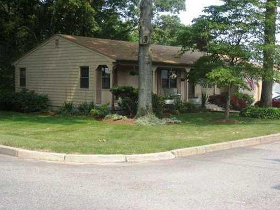 343 E View Ave, Cranston, RI 02920