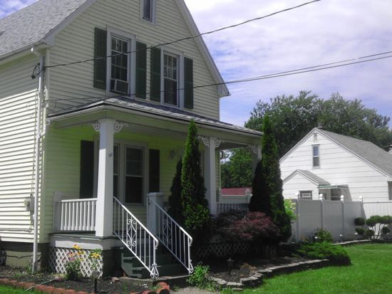 18 Seabrook St, Buffalo, NY 14207