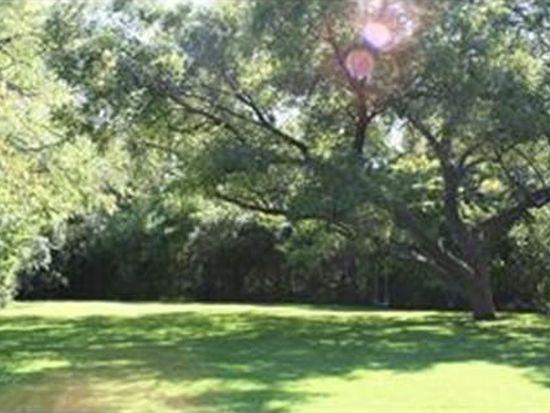 9401 Meadowbrook Dr, Dallas, TX 75220