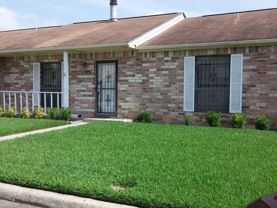 1141 Sunmeadow Dr, Beaumont, TX 77706