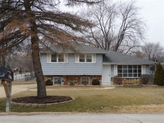 0N118 Prince Crossing Rd, West Chicago, IL 60185