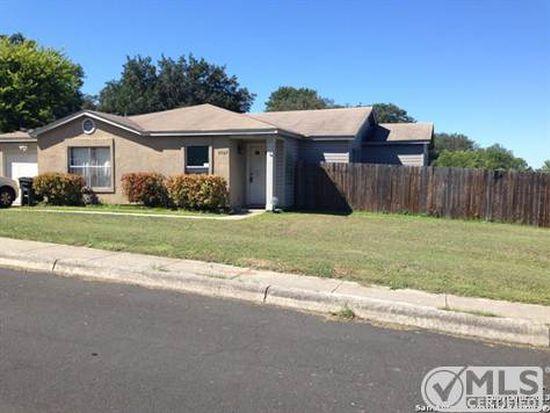 5967 Hidden Dale St, San Antonio, TX 78250