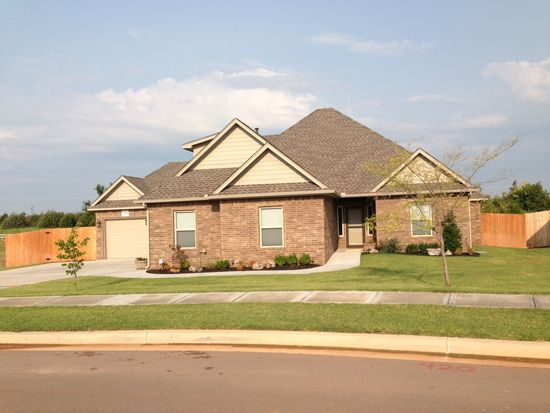 420 Lake Grove Ct, Norman, OK 73069