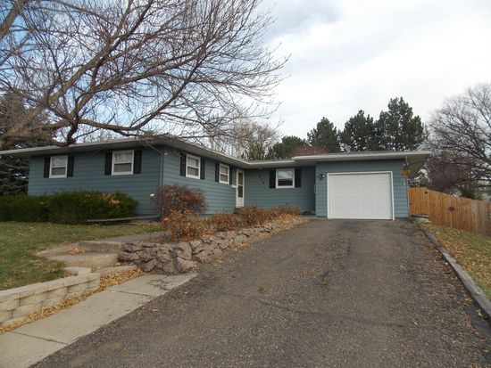 914 N Huron Ave, Pierre, SD 57501