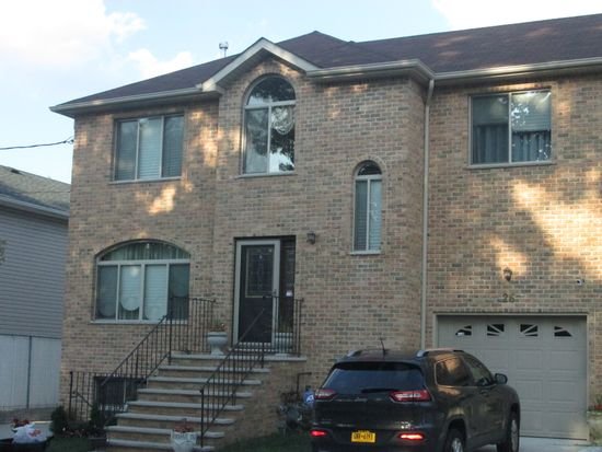 26 Franklin Pl, Staten Island, NY 10314