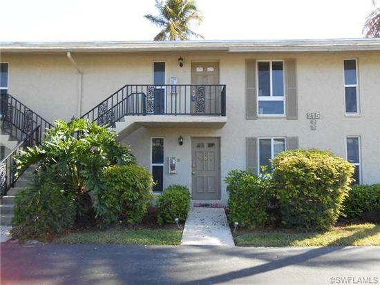 215 Palm Dr APT 2, Naples, FL 34112