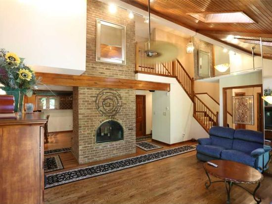 8310 Fall Creek Rd, Indianapolis, IN 46256