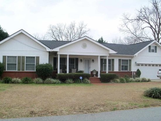 N 98 N Edwards, Newton, AL 36352