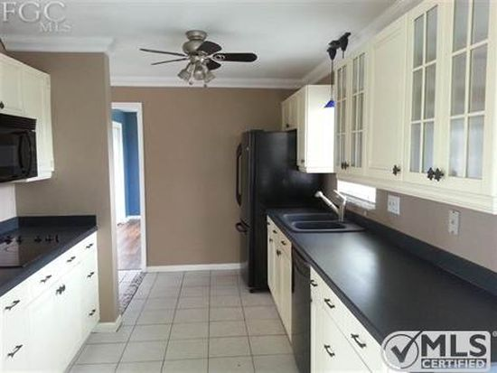 1704 Lakeside Ter, North Fort Myers, FL 33903