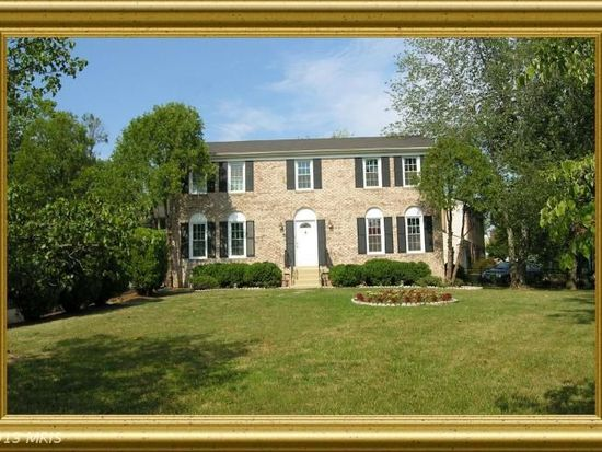3142 Glen Carlyn Rd, Falls Church, VA 22041