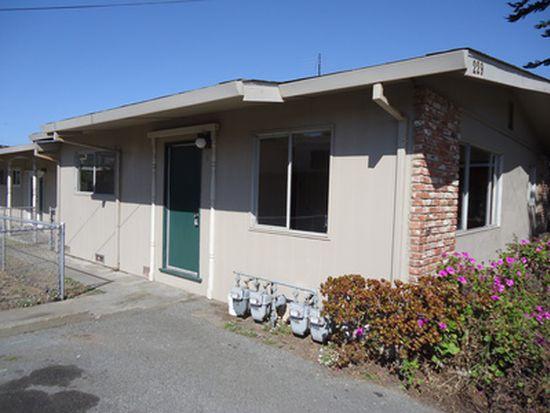 229 Hillcrest Ave APT 3, Marina, CA 93933