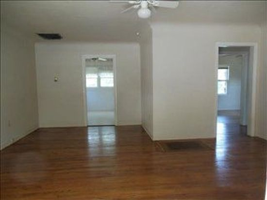 705 N Kansas Ave, Roswell, NM 88201