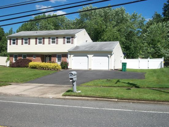 467 Tennent Rd, Morganville, NJ 07751