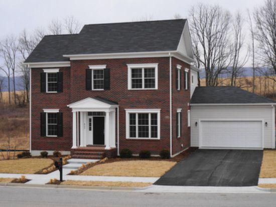 605 Village Way N, Blacksburg, VA 24060
