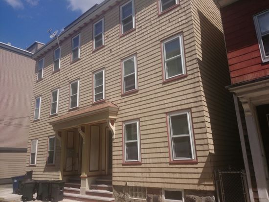 176 Bowen St UNIT 1, Boston, MA 02127