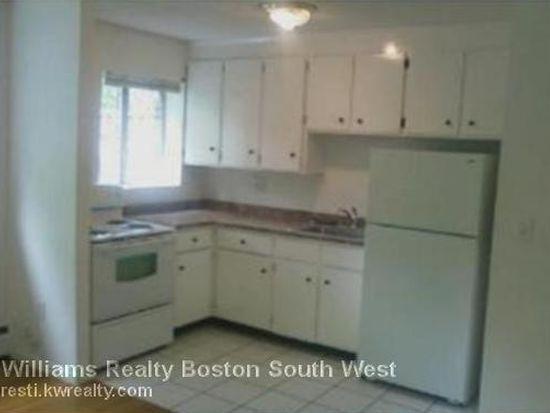 185 Grove St APT 8, Boston, MA 02132