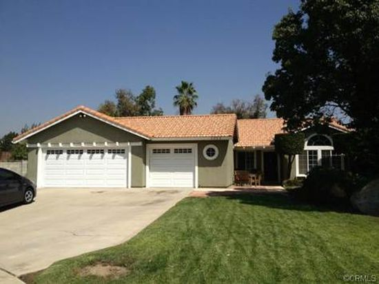 1053 N Mulberry Ave, Rialto, CA 92376