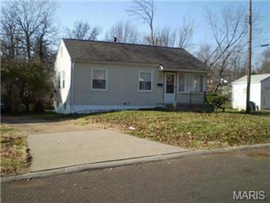 270 Estridge Rd, Saint Louis, MO 63137