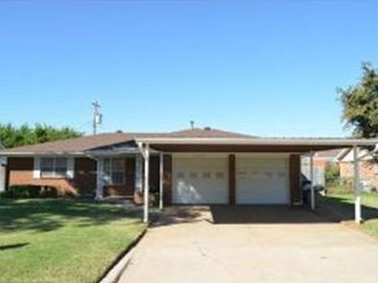 2205 Edgewood St, Moore, OK 73160