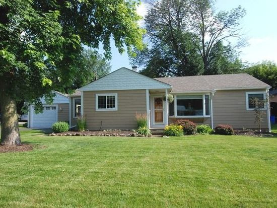 2511 Oakdale Ter, Cary, IL 60013