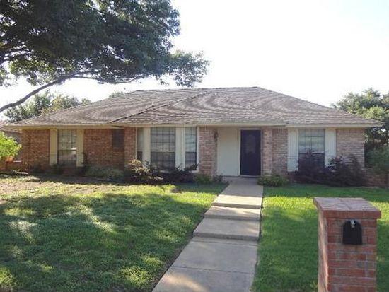 7500 Belcross Ln, Fort Worth, TX 76133