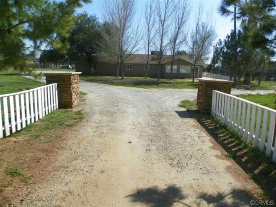 369 E County Line Rd, Calimesa, CA 92320
