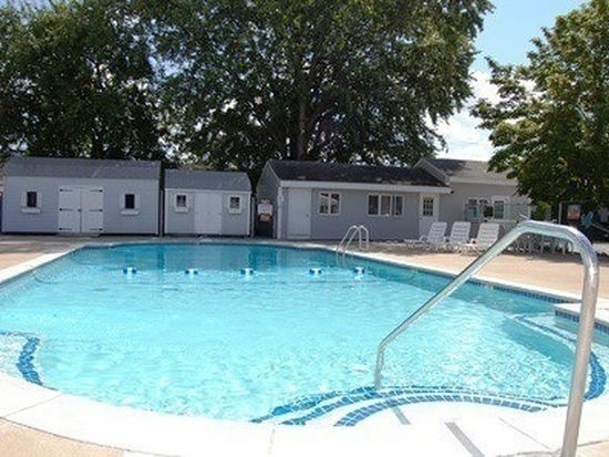 1842 Middlesex St APT 1, Lowell, MA 01851