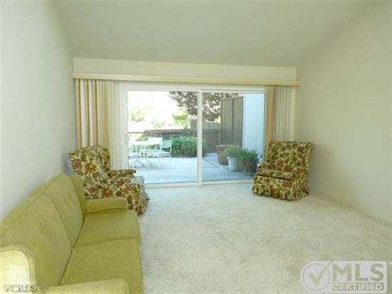 4127 Beachmeadow Ln, Westlake Village, CA 91361