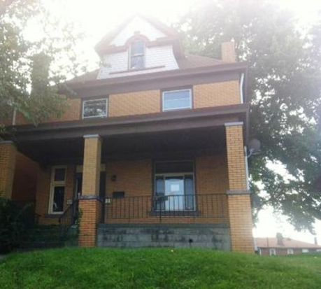 33 Claus Ave, Pittsburgh, PA 15227