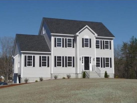 85 River Rd, Pepperell, MA 01463