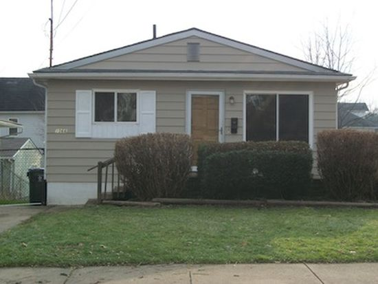 1066 Columbus Ave, Barberton, OH 44203