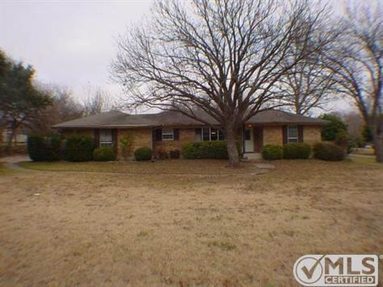125 Forest Brook St, Red Oak, TX 75154