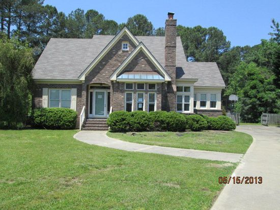 1008 Brassfield Ct, Rocky Mount, NC 27803