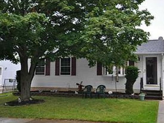 52 Penwood Dr, Cheektowaga, NY 14227