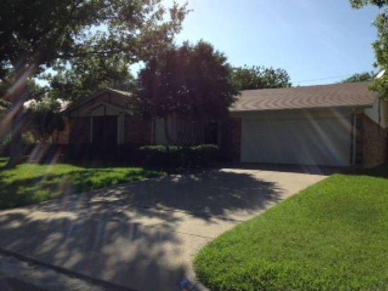 824 Barkridge Trl, Burleson, TX 76028