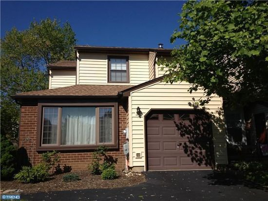 241 S Flint Ct, Yardley, PA 19067